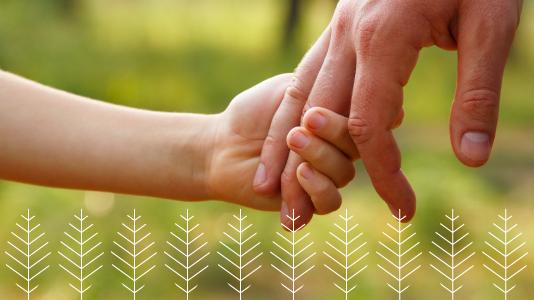 gezin-in-balans-handen-vast